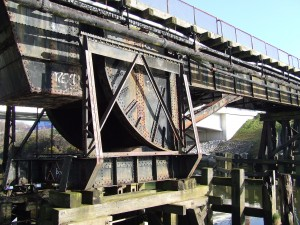Morfa Lifting Bridge over the Tawe Navigation, unlisted (credit: Brian Perrins)